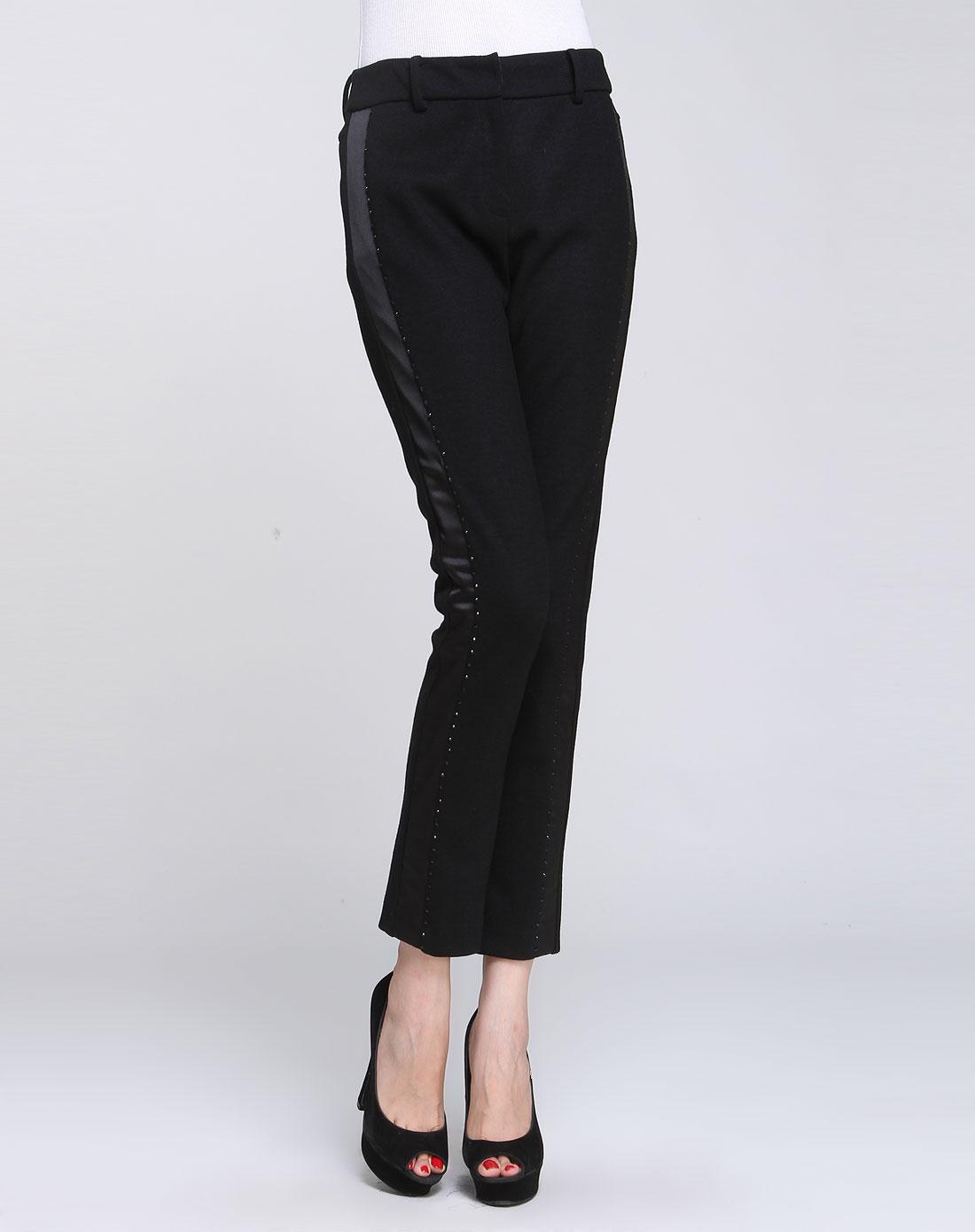 女款黑色针织裤子