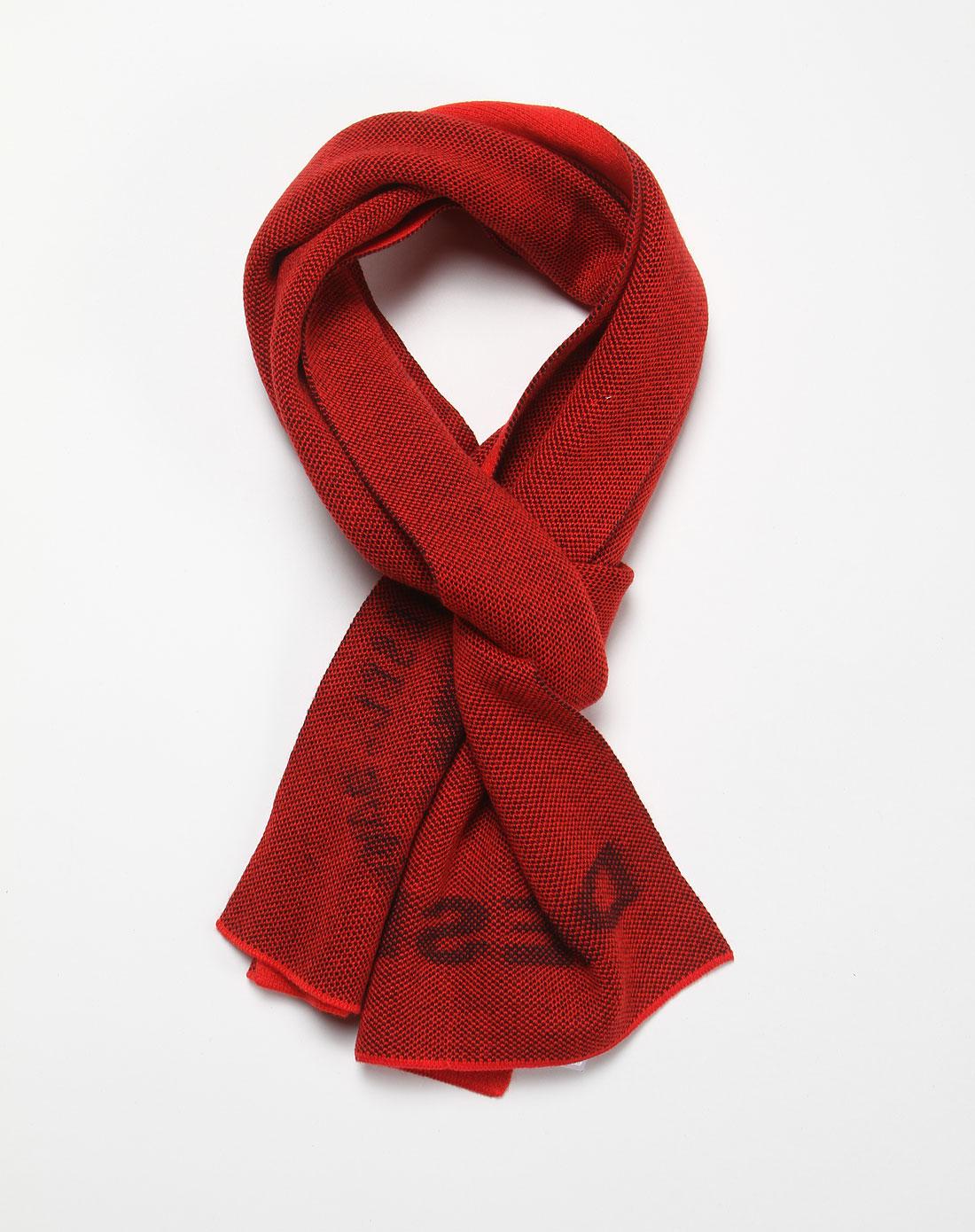 男款红色编织围巾