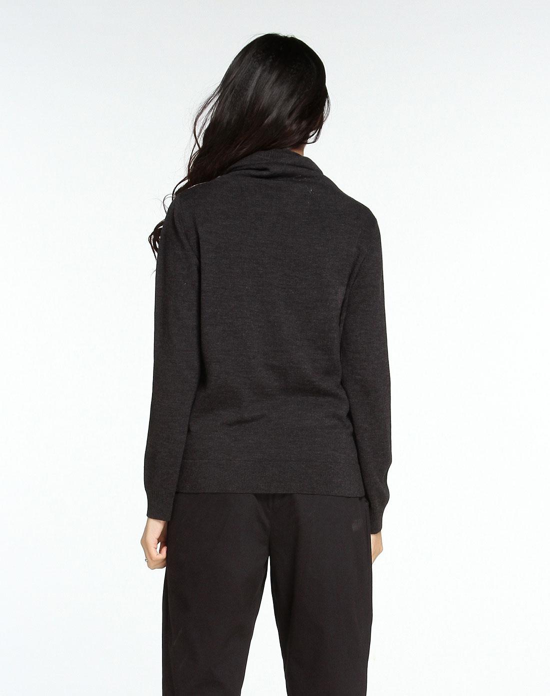 灰黑色手绘图纹领长袖针织衫