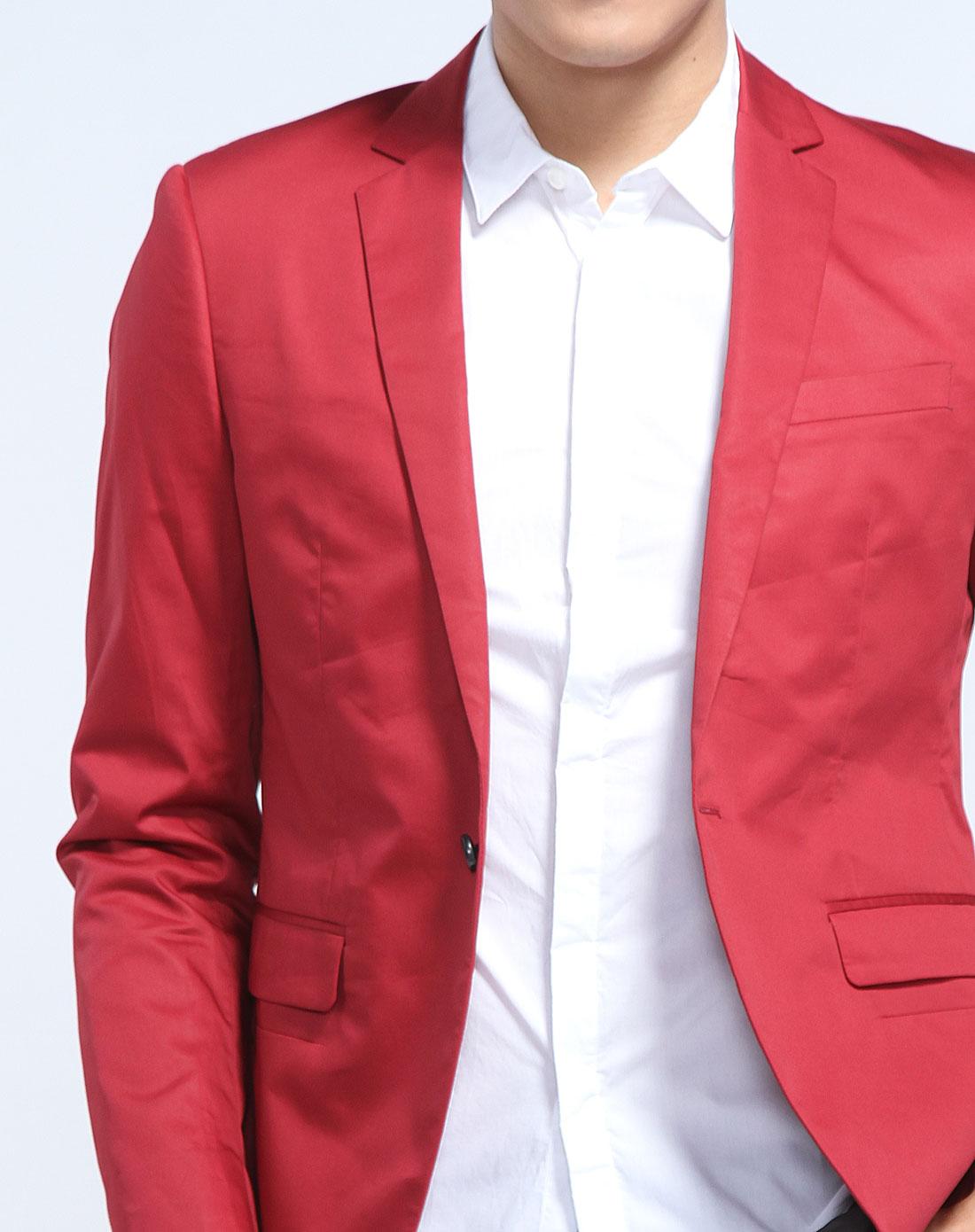 枣红色翻领时尚长袖西装