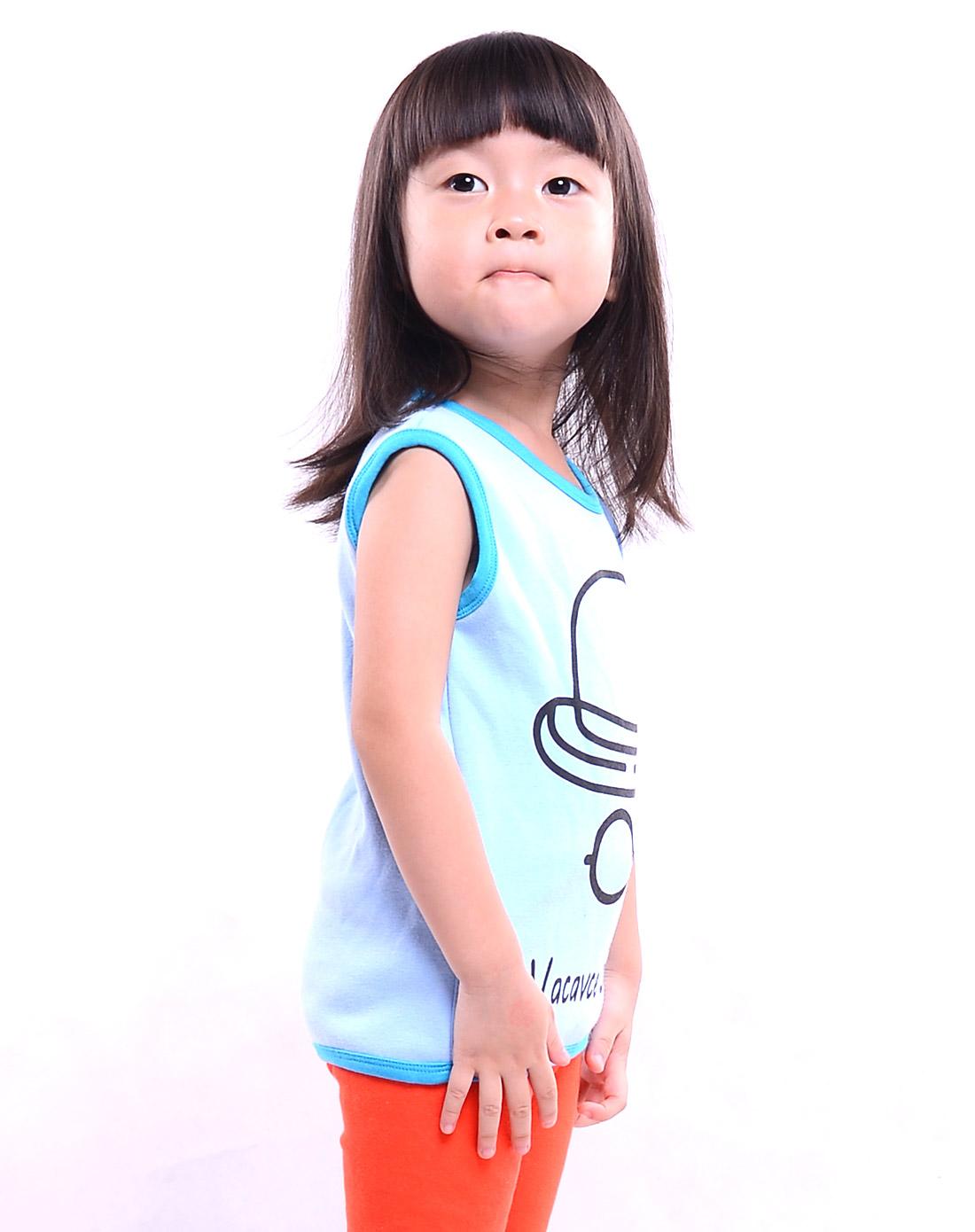 女孩子浅蓝可爱印花加绒保暖背心