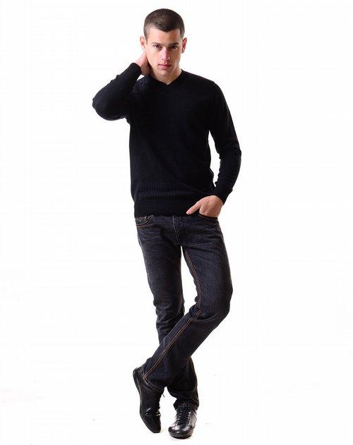 george beffry 男款黑色丝光羊毛v领中厚毛衫