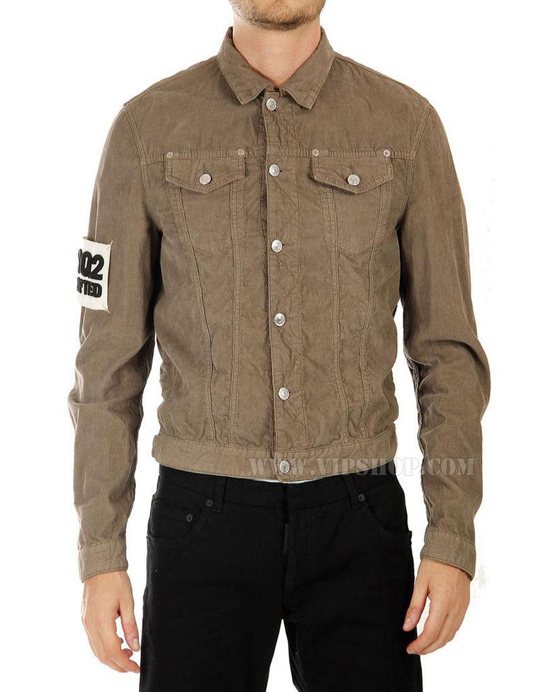 浅棕色外套怎么搭配