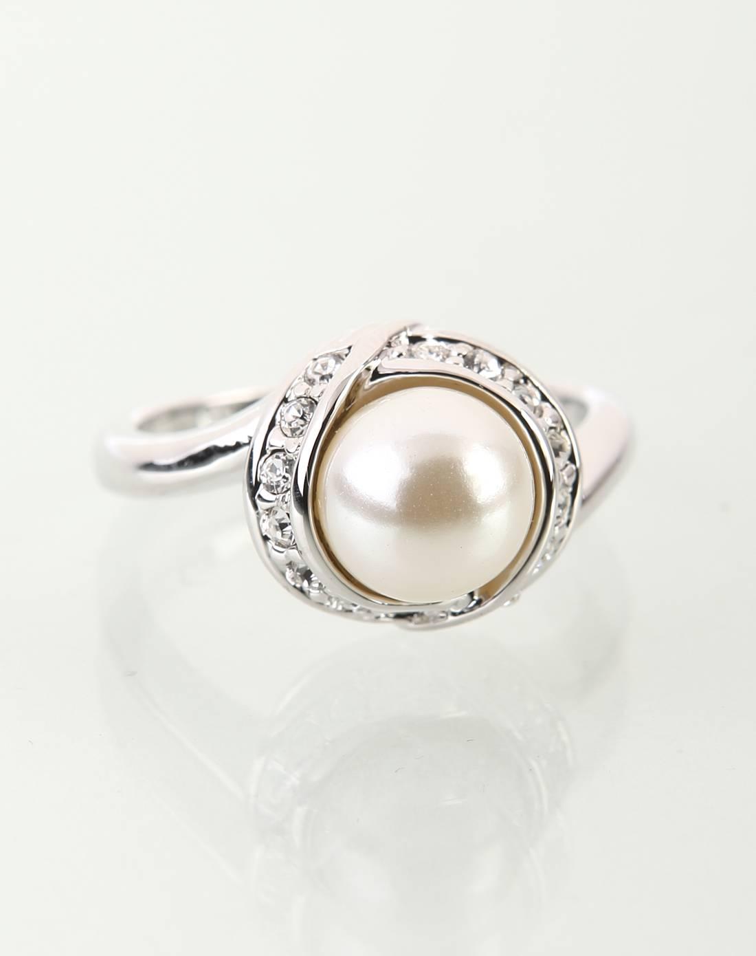 时尚珍珠戒指