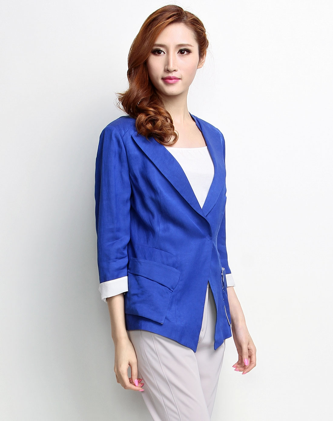femelle时尚蓝色中袖休闲西服32as00305