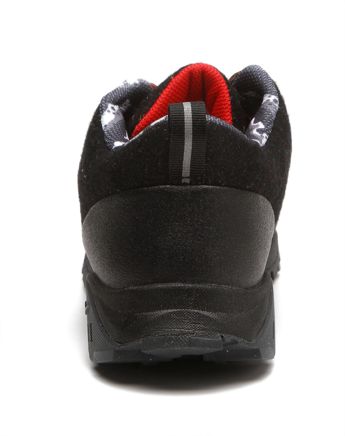 黑色运动鞋搭配图片_黑色运动鞋衣服搭配图_黑色运动鞋搭配男图片