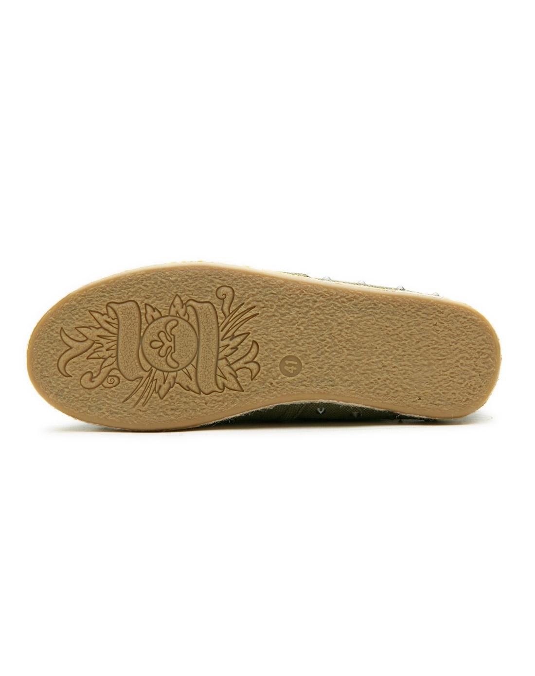 鞋春夏新款休闲男式鞋纯色低帮铆钉帆布鞋男鞋