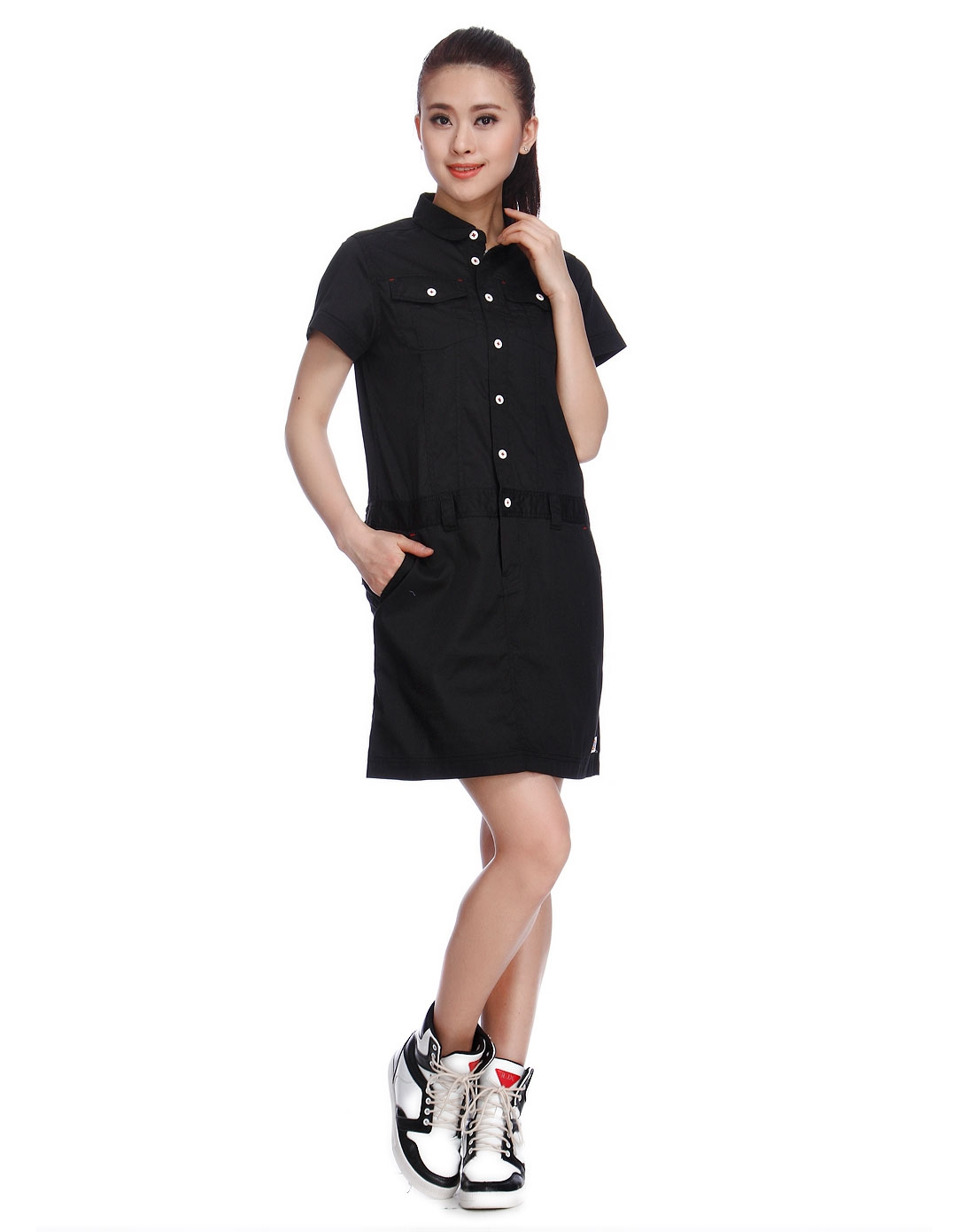 女款純黑色都市神秘工裝短袖連衣裙