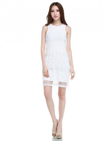 手工钩花纯白色背心连衣裙