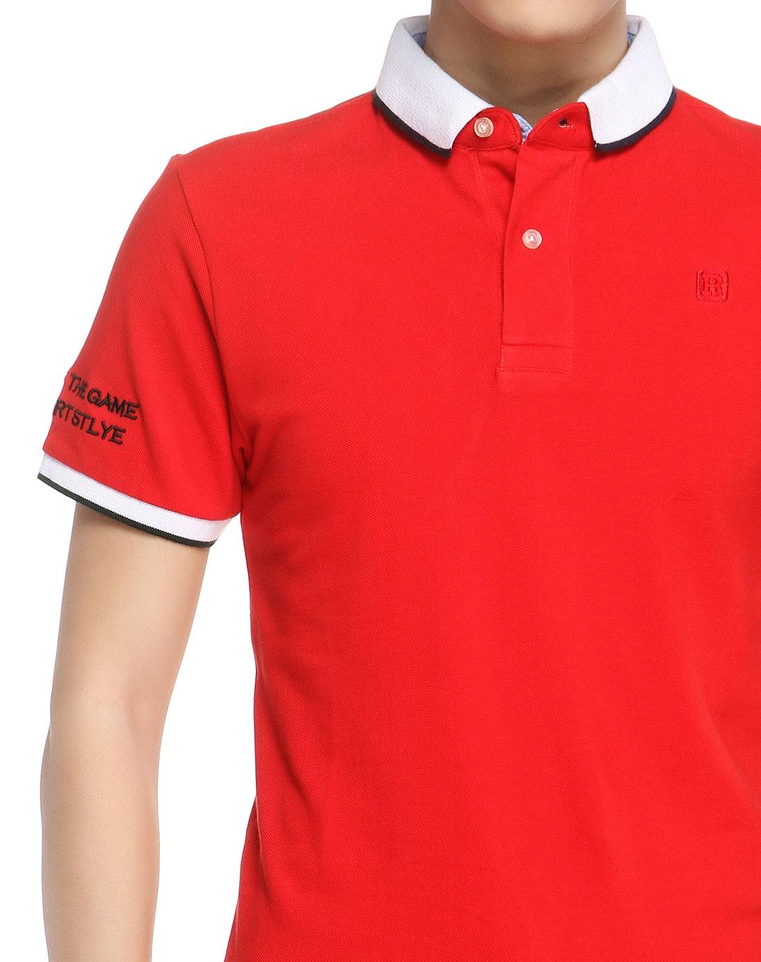 大红色袖口绣字翻领短袖t恤