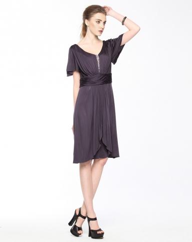 紫色短袖宽腰带连衣裙