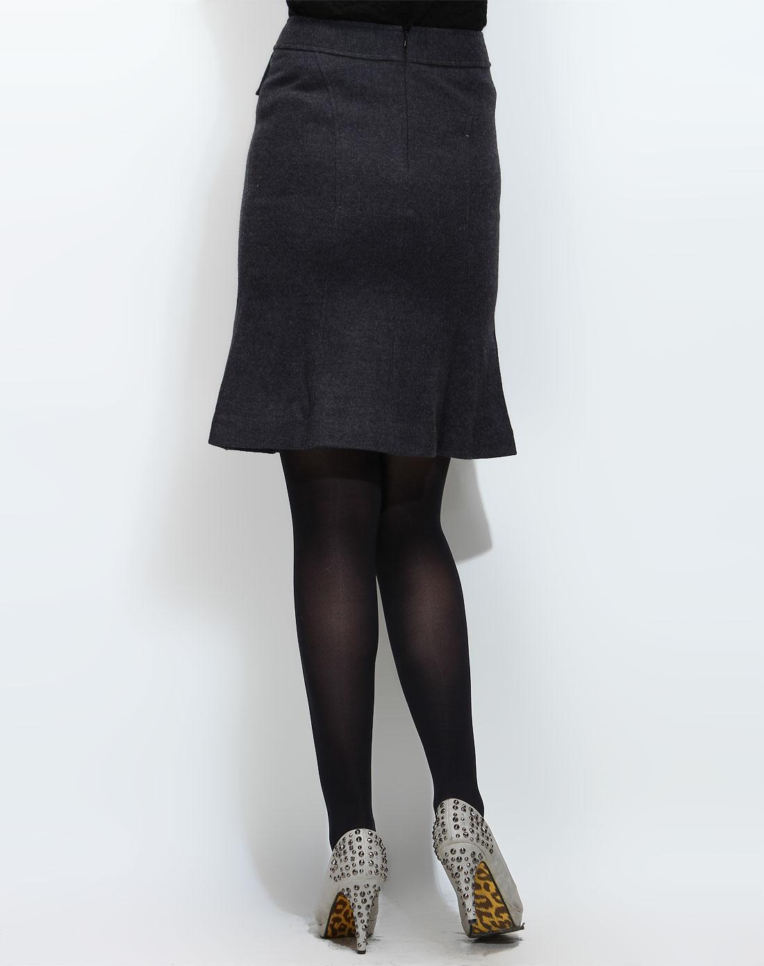x-深灰色休闲中裙