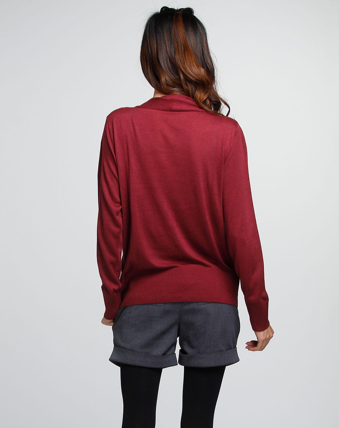 女款酒红色针织上衣
