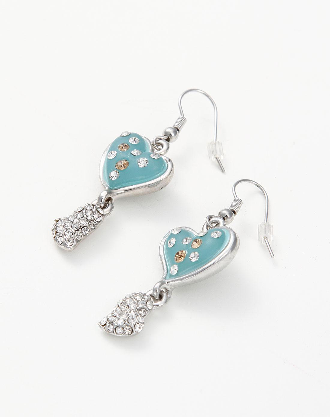 蓝色可爱心形带钻耳环
