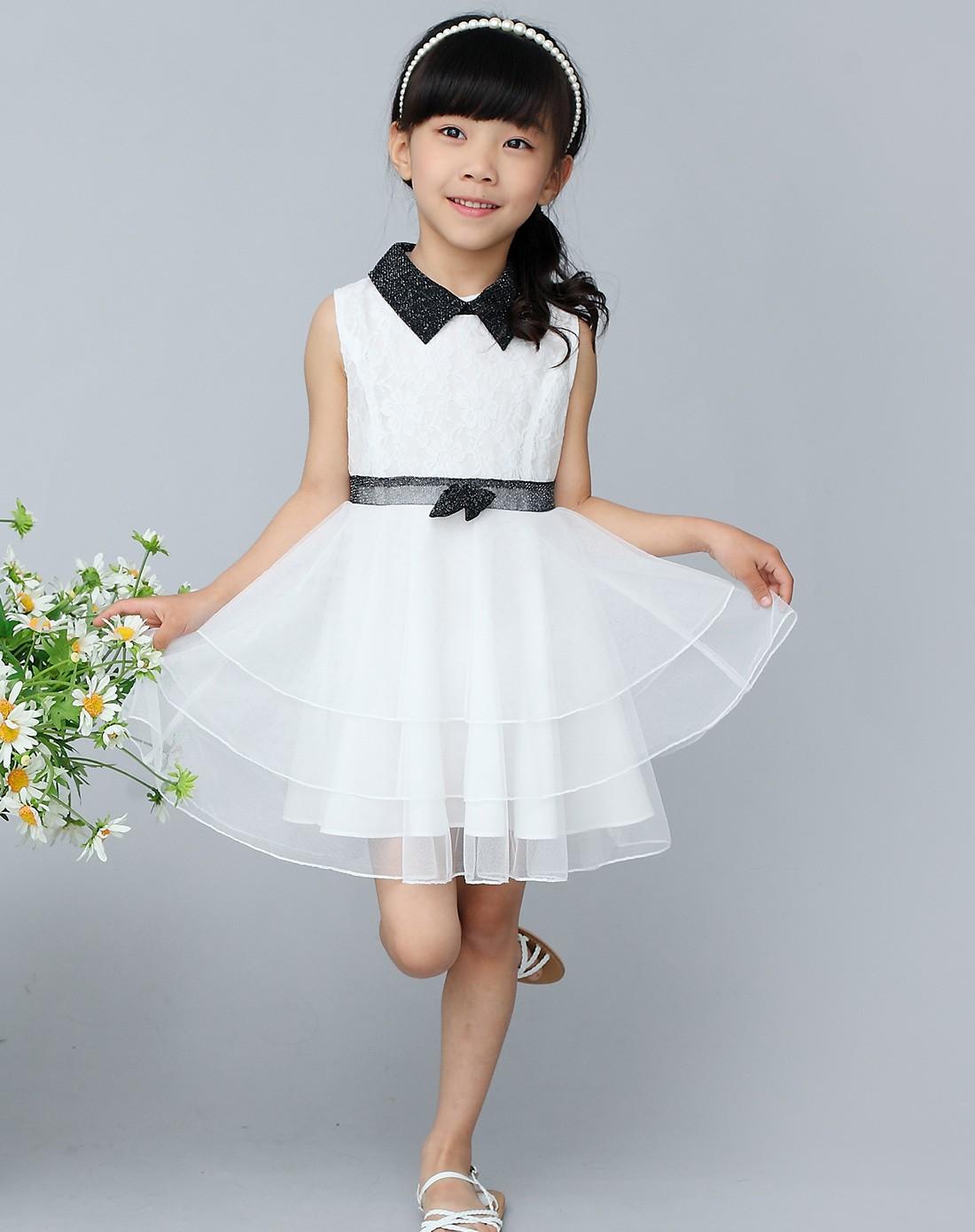 女童白色连衣裙