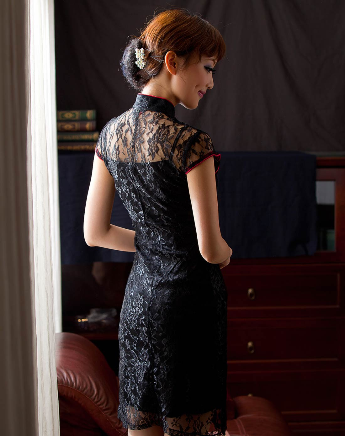 凤丝 蕾丝旗袍