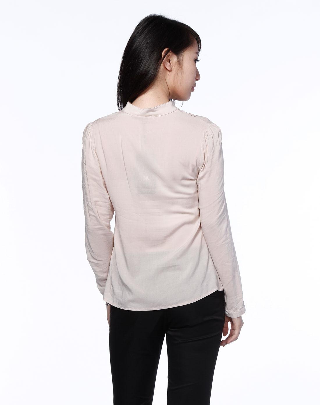杏色褶皱小立圆领长袖衬衫