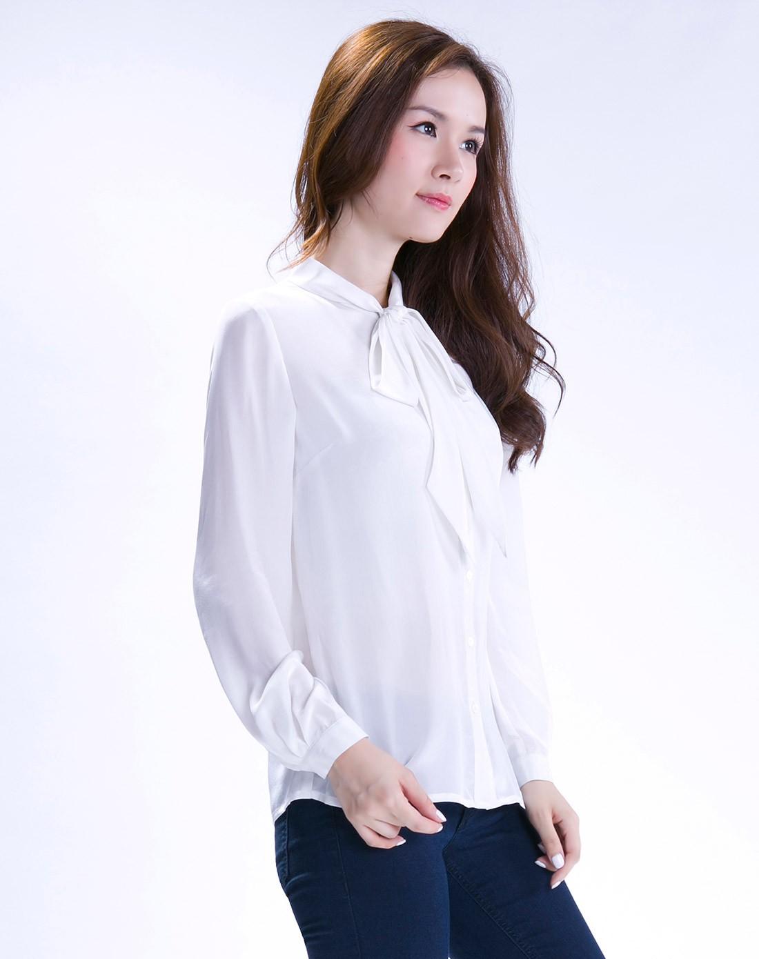 真丝白色蝴蝶结系带领口优雅长袖衬衫