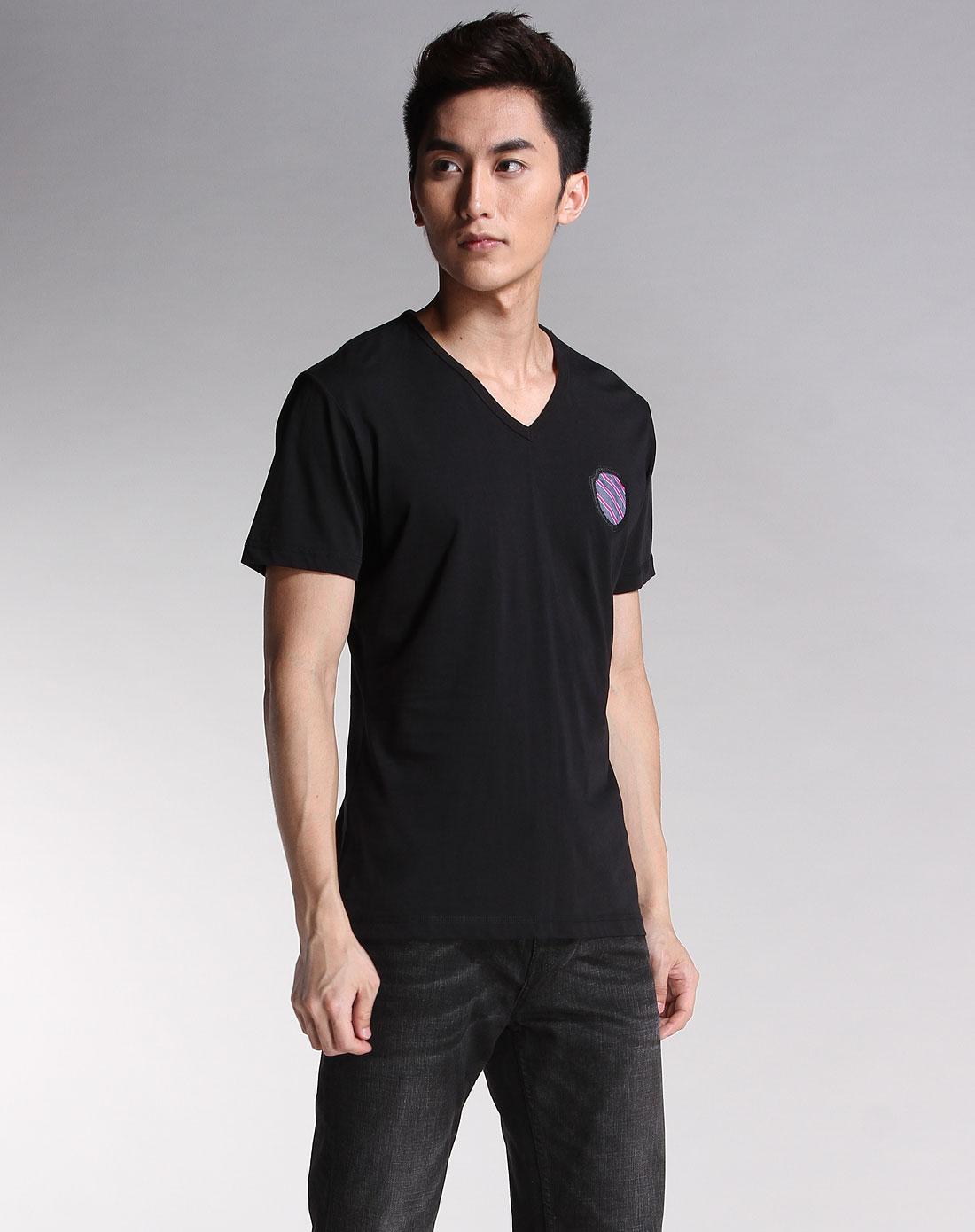 卡宾cabbeen-男装-黑色v领休闲短袖t恤