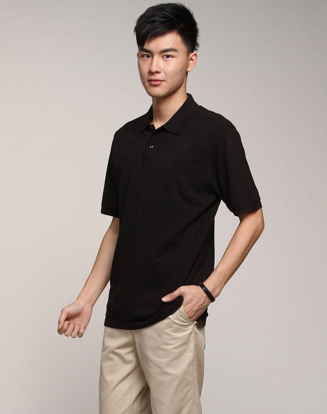 黑色时尚简约短袖t恤