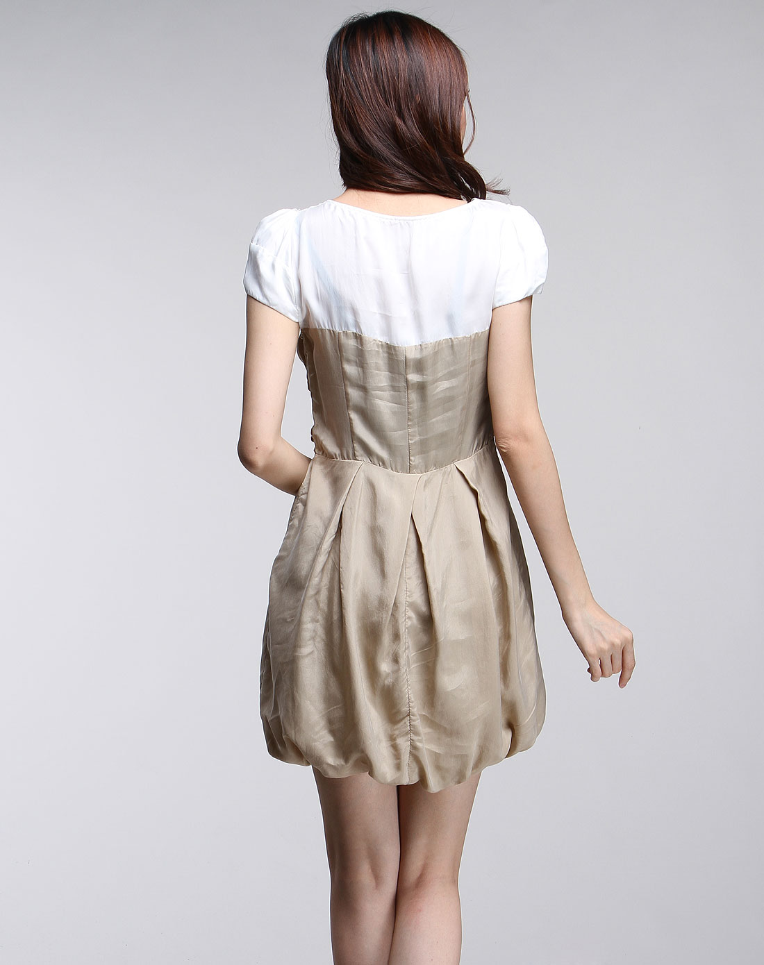 傲丝度isayido女装专场-女款卡其/白色短袖连衣裙