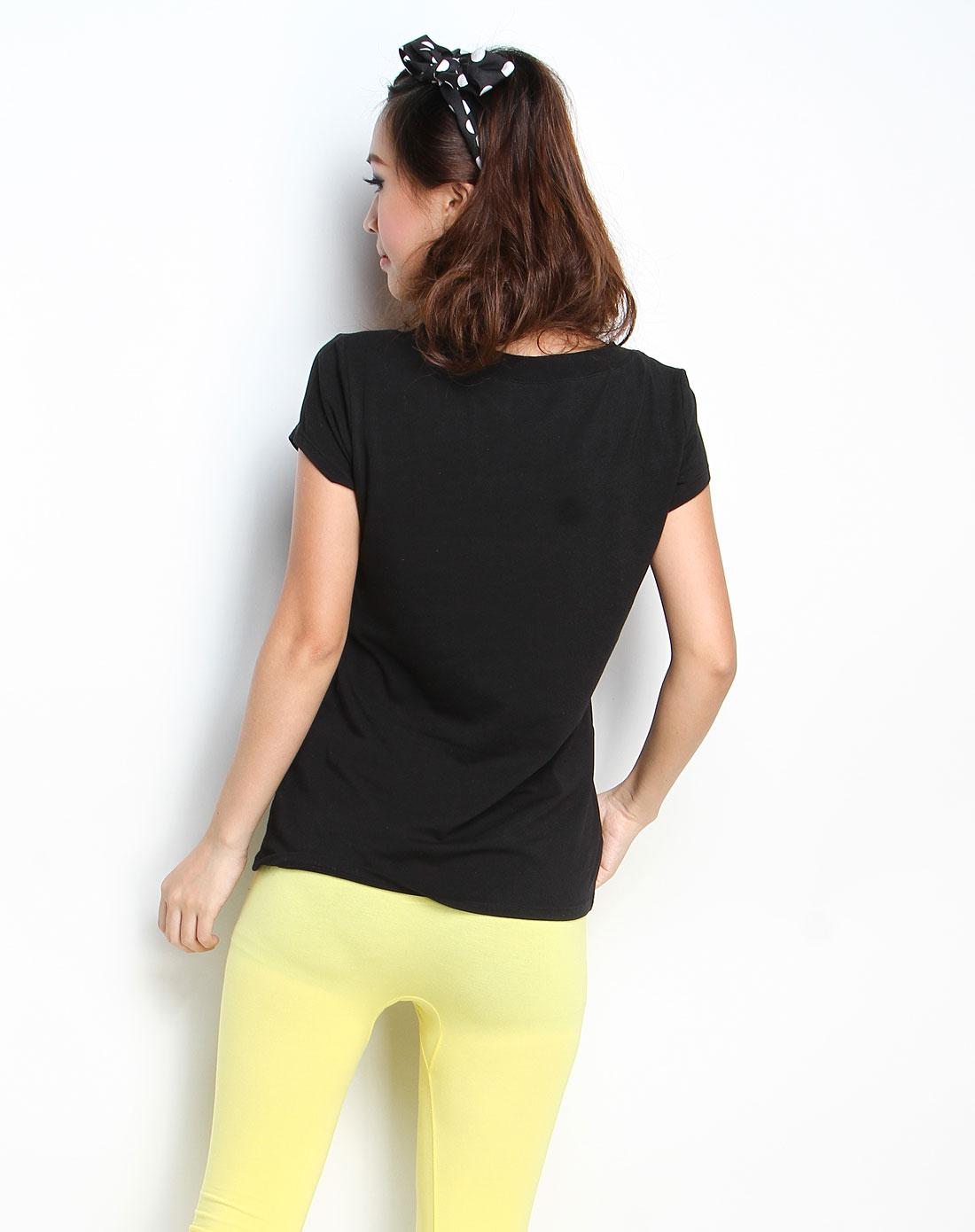 女款纯黑色v领短袖t恤