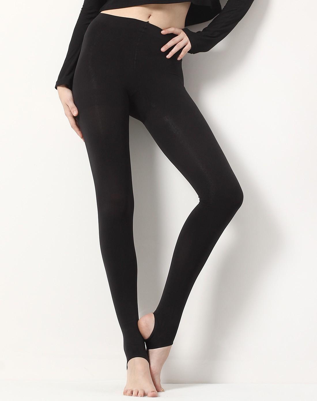 黑色健美裤视频_女款黑色200d厚天鹅绒健美裤