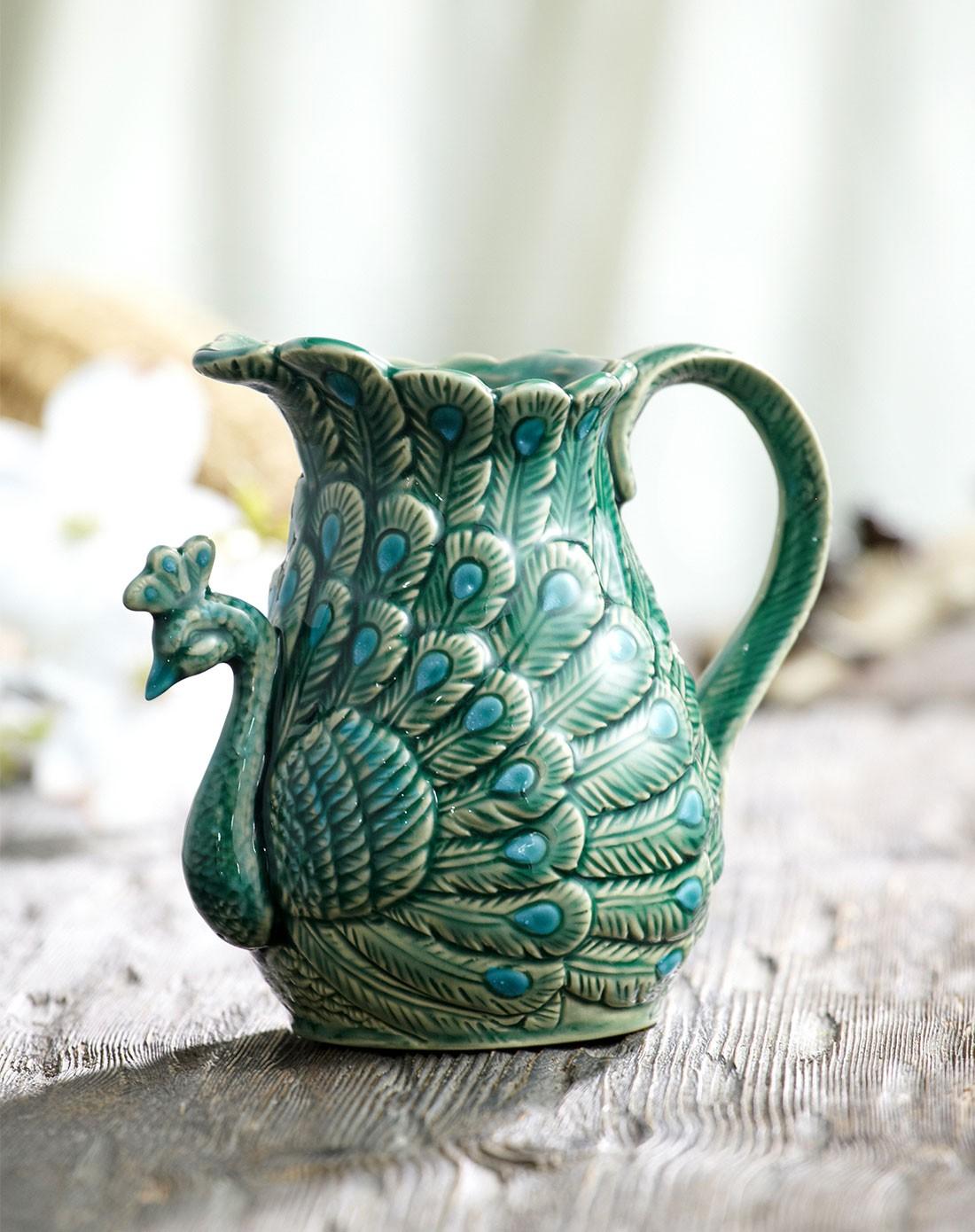 18*16cm欧式陶瓷浮雕带柄手绘艺术花瓶-翡翠孔雀