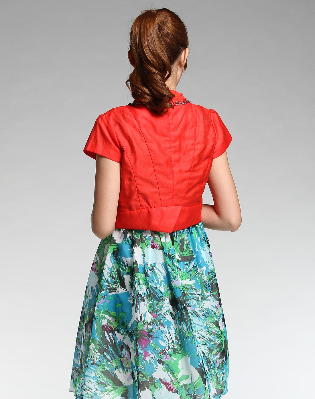 女款红色短袖上衣