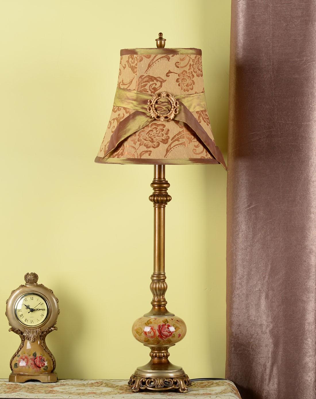 欧式复古典雅餐桌灯图片