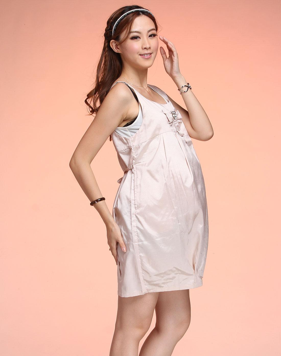 粉红色高雅时尚孕妇吊带连衣裙
