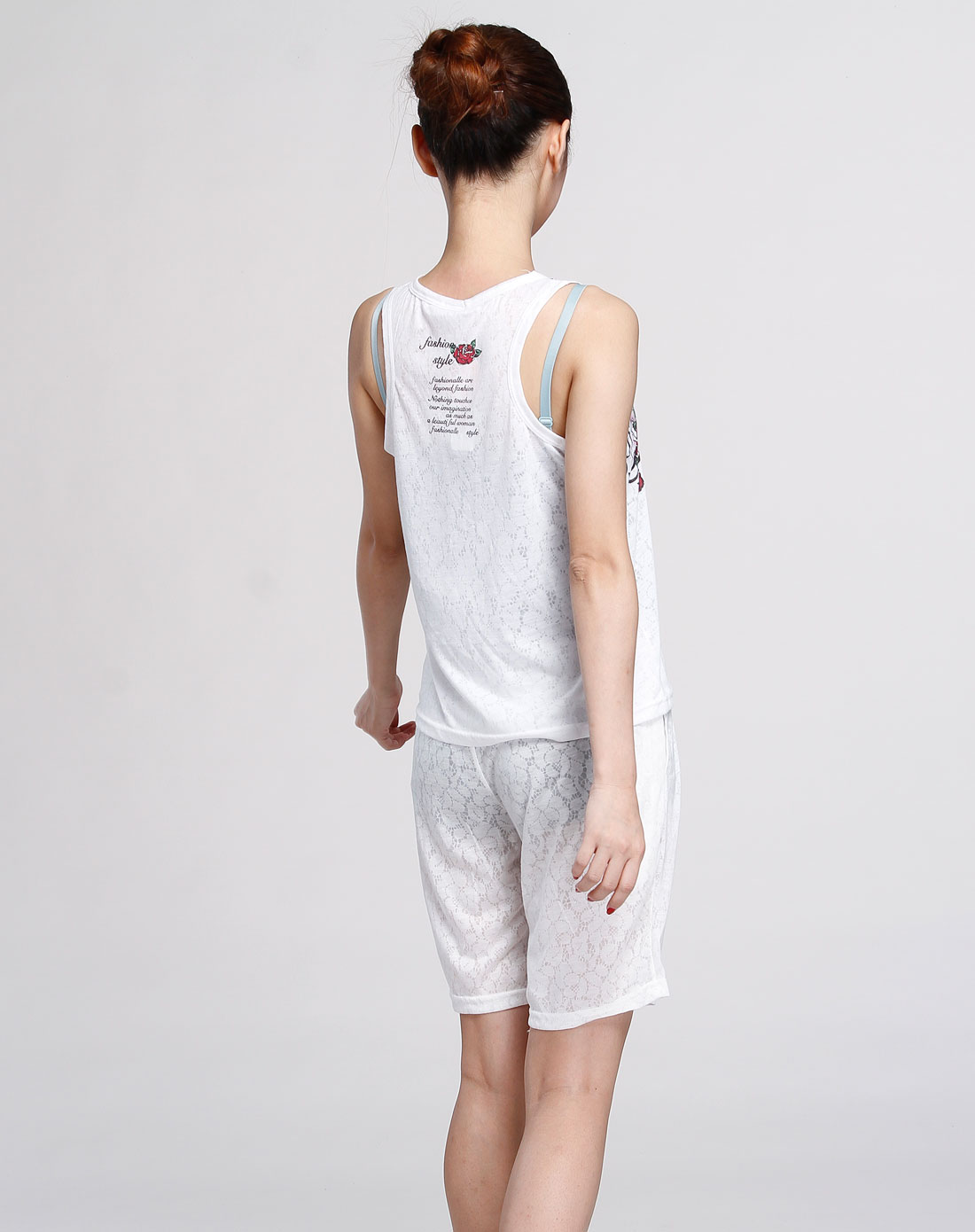 多拉美女款专场白色个性时尚家居服背心套装