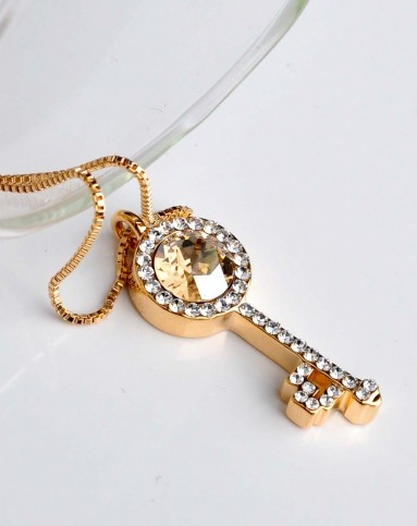 施华洛世奇元素水晶魔法钥匙项链