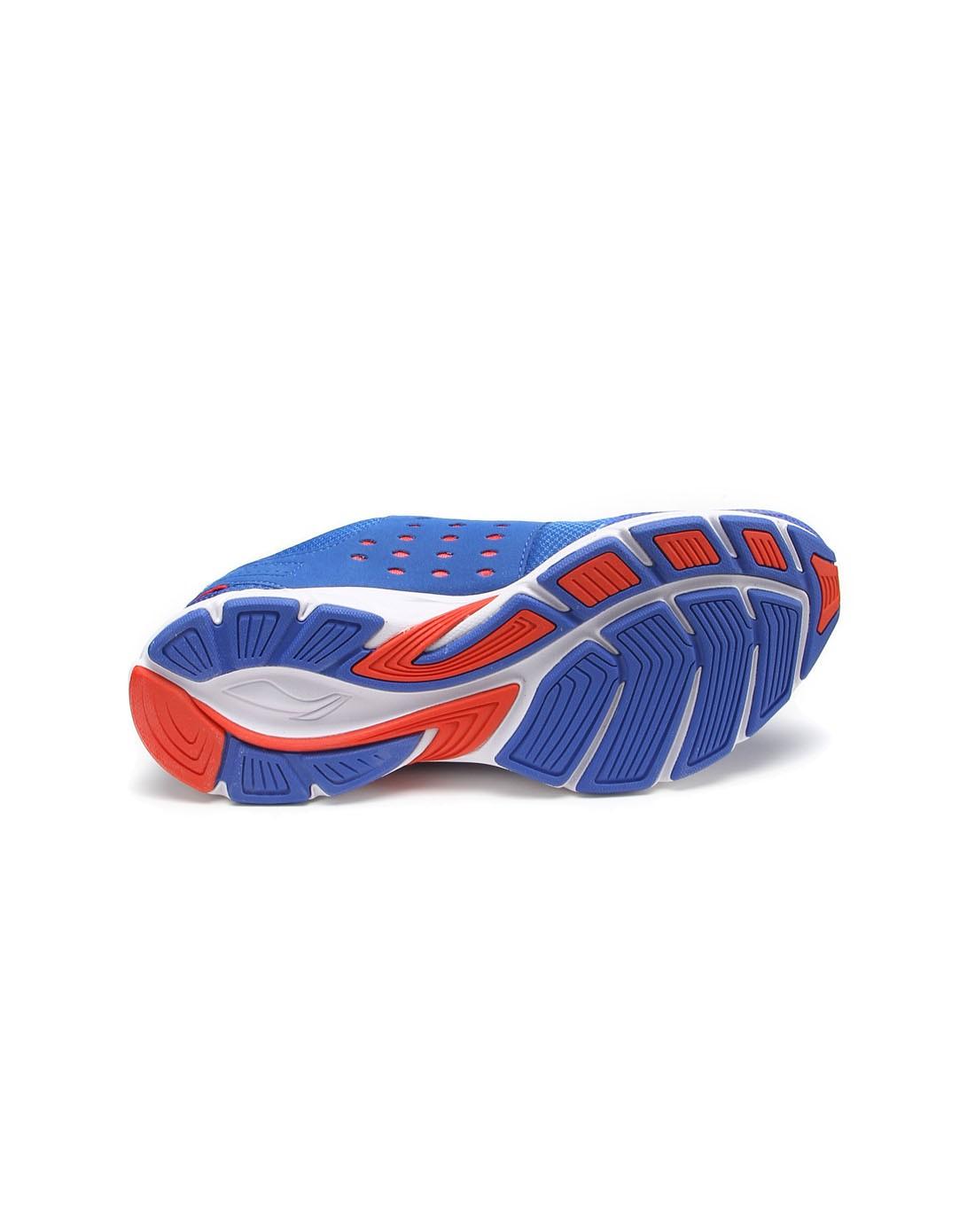 晶蓝配红色运动跑鞋