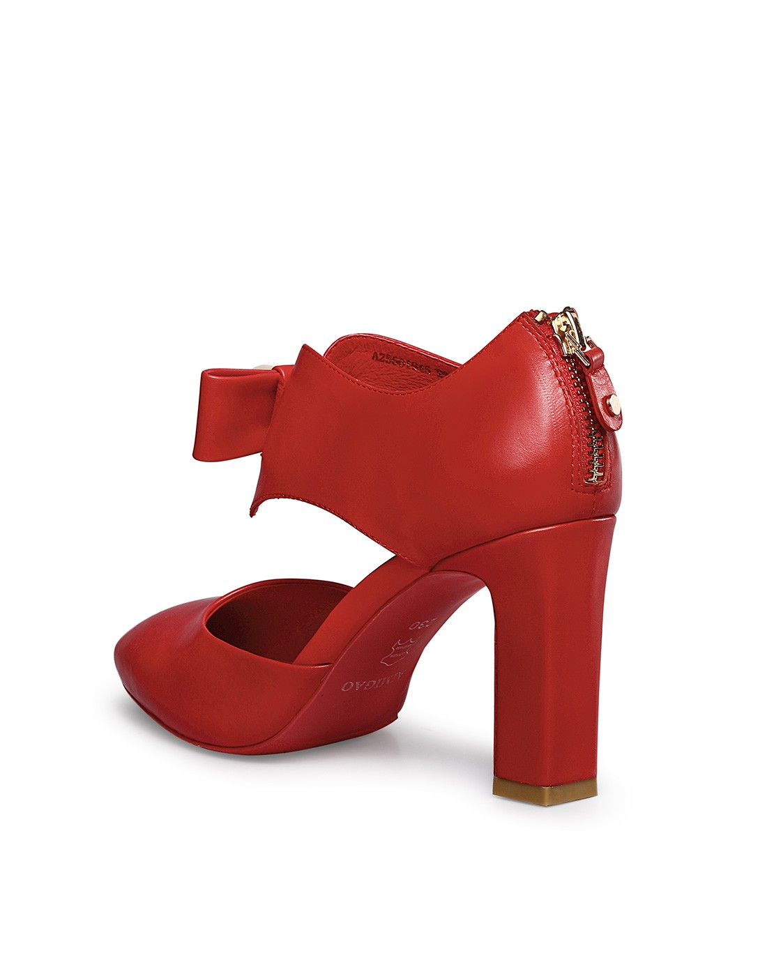 2015春夏新品大红色胎牛皮凉鞋