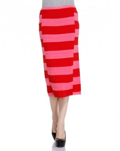 红色时尚间条针织裙