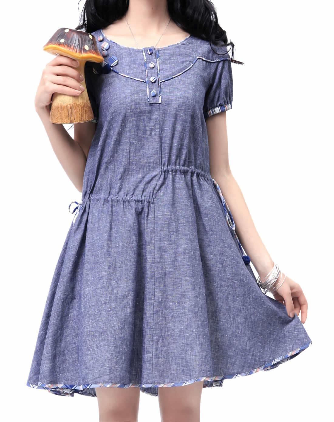 连衣裙宽松