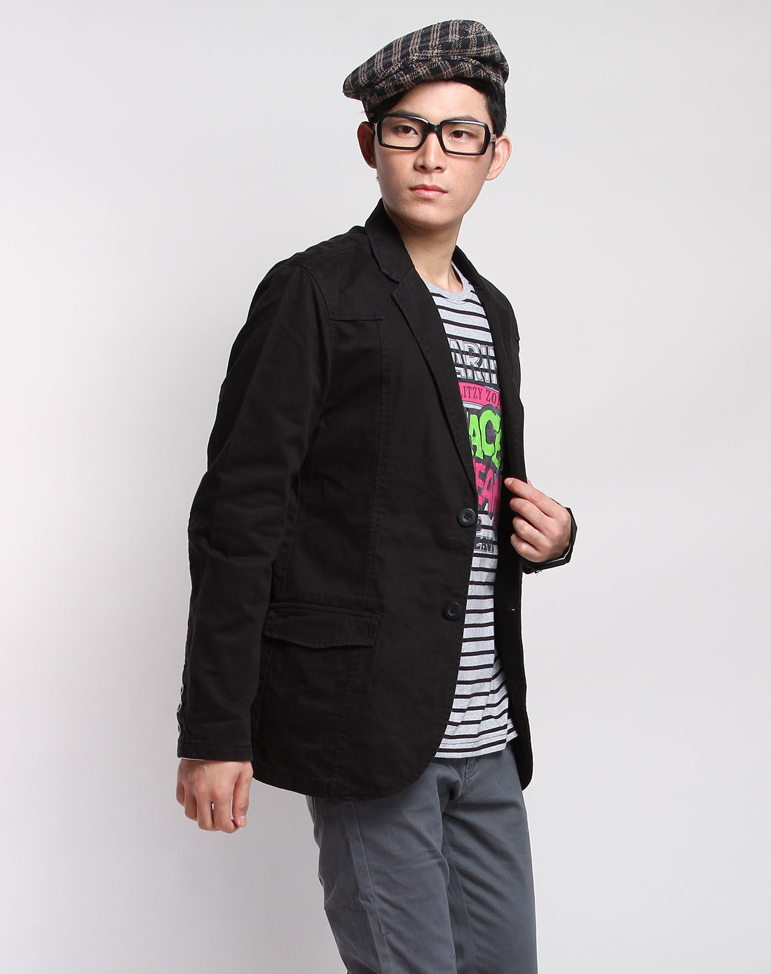 黑色基本款长袖休闲西装
