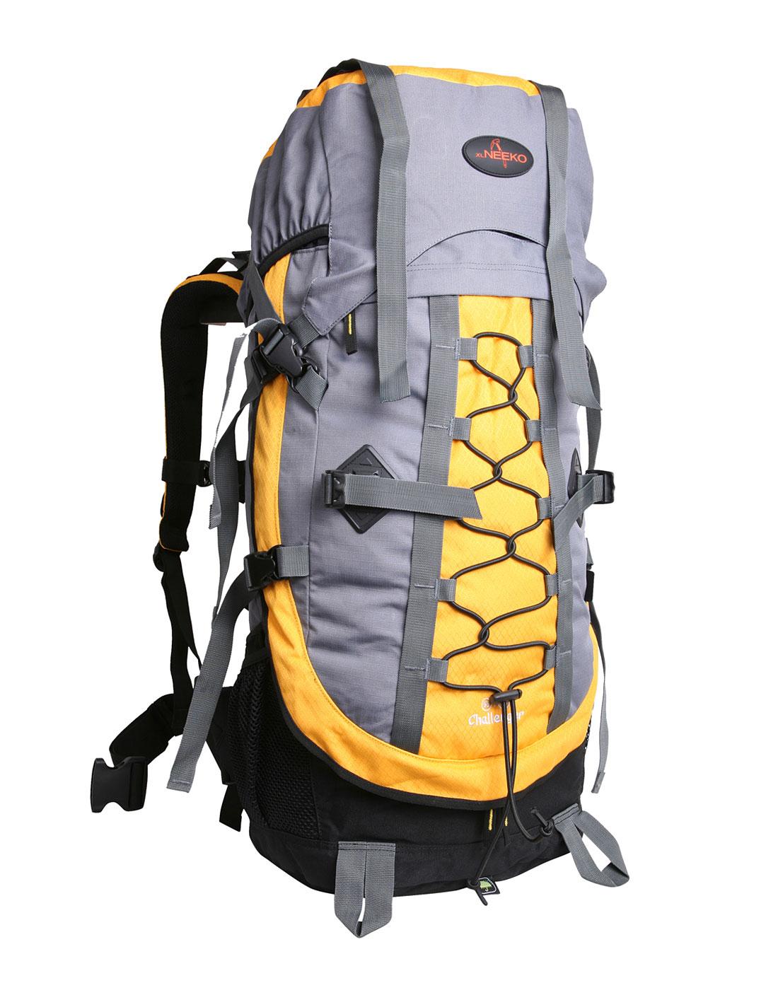 中性黄色登山背包