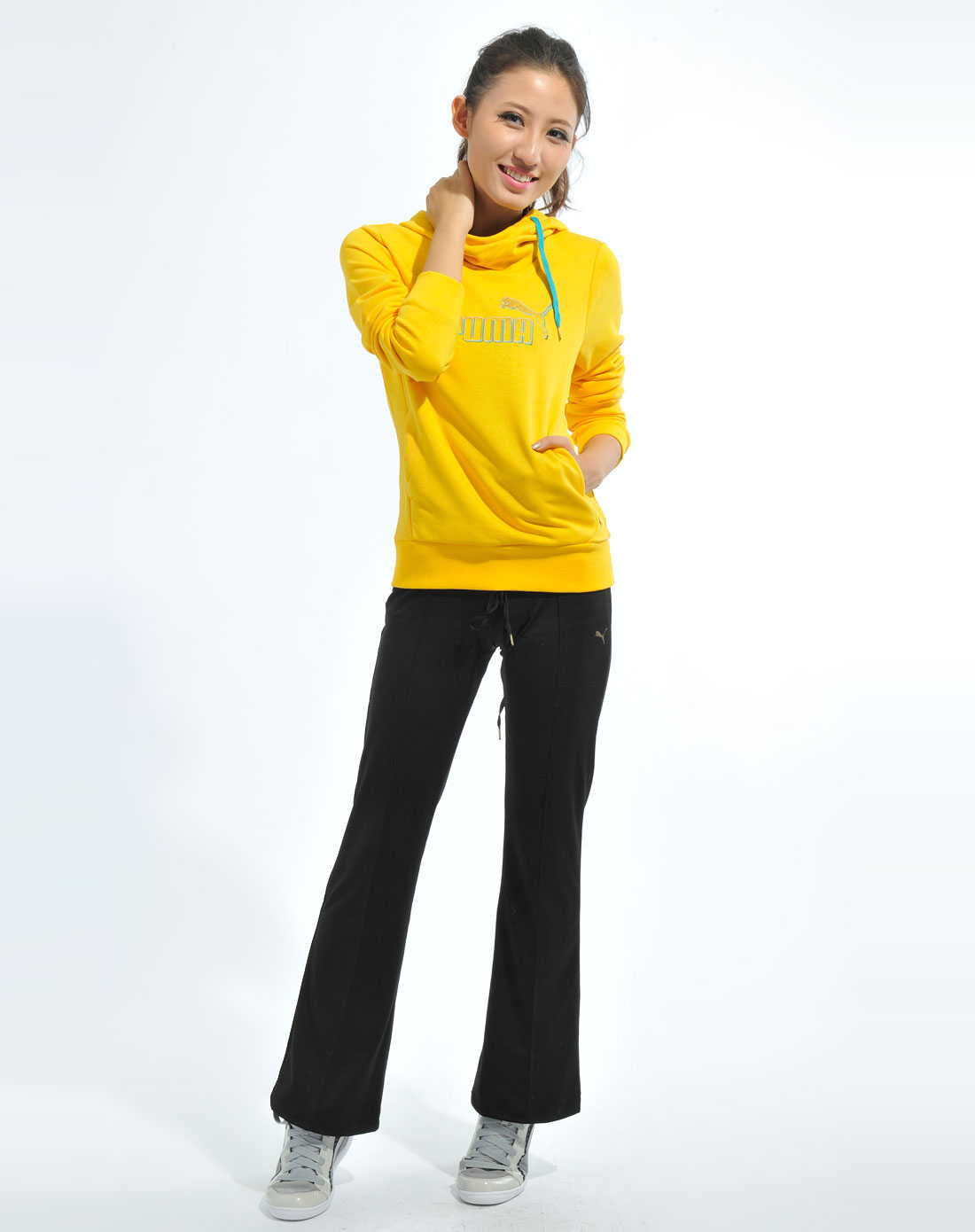卫衣搭配女_女款亮黄色卫衣