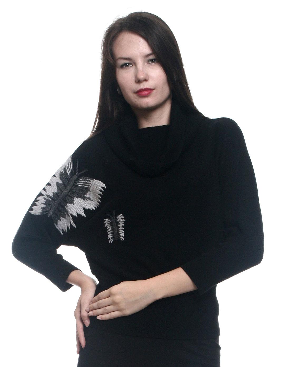 黑色时尚绣蝴蝶山羊绒宽松蝙蝠衫