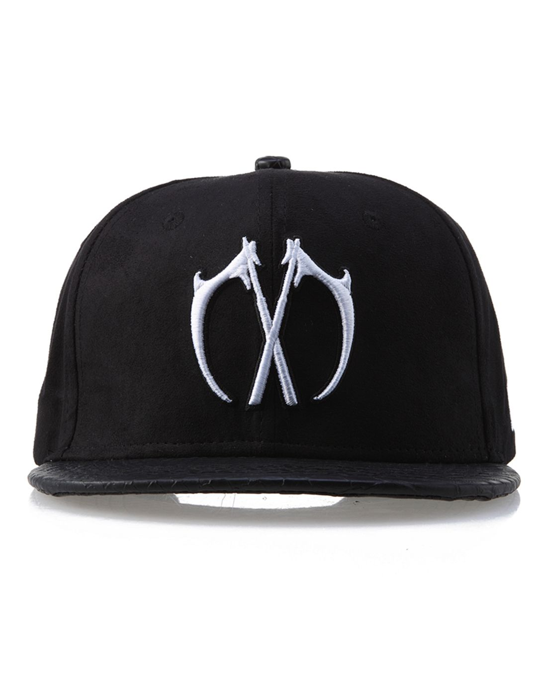 黑底白logo棒球帽