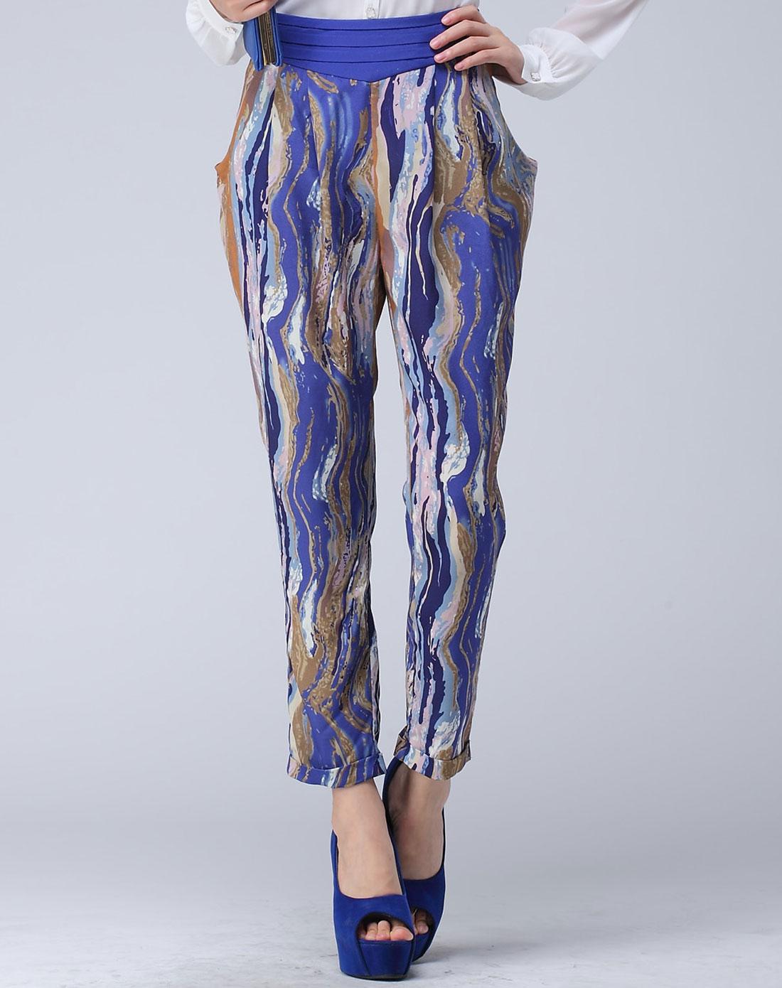 女款蓝花裤子