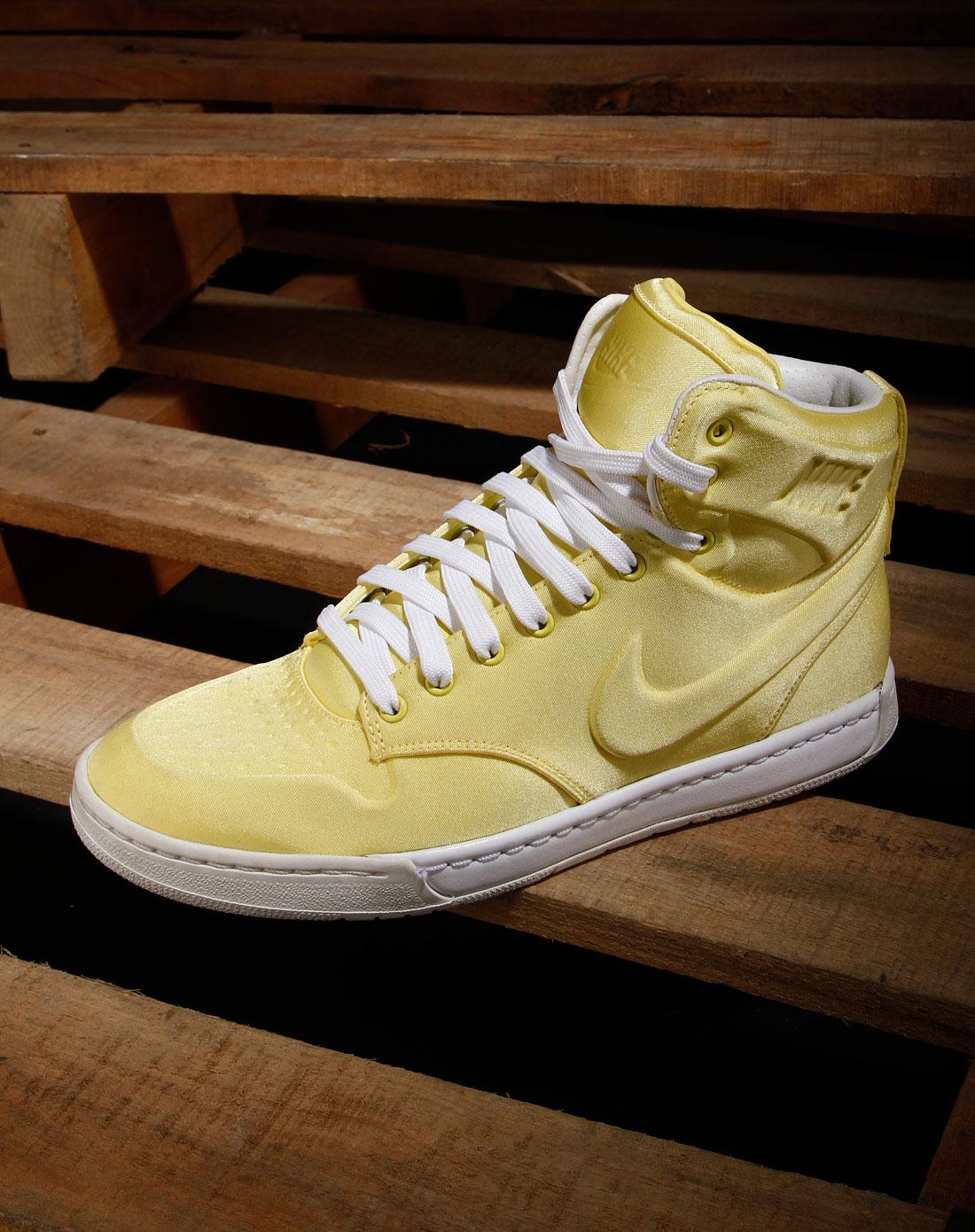 耐克nike女款柠檬黄/白色绑带时尚高邦运动鞋395775