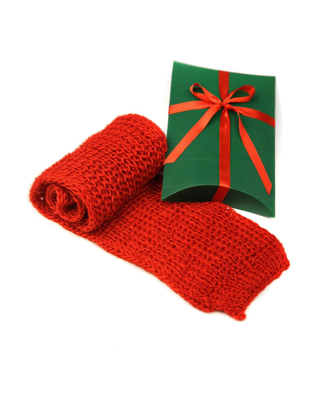 呜呀 红色女款羊毛混纺毛线编织围巾