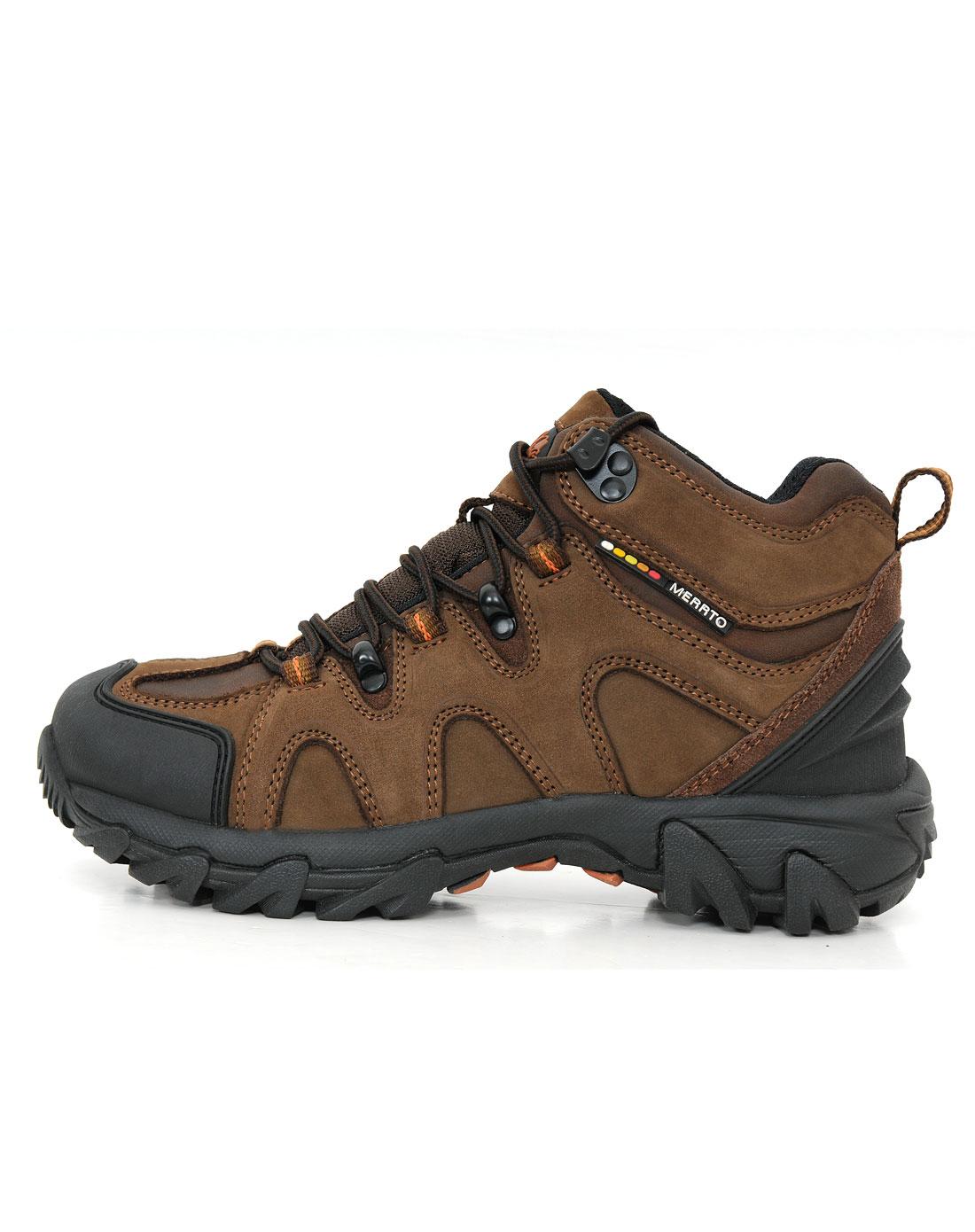 款咖啡色高帮防水登山鞋