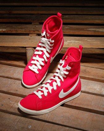 耐克nike-女款深玫红色高邦系运动鞋454413-600