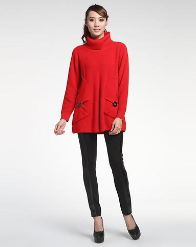 大红色高领毛衣怎么搭配