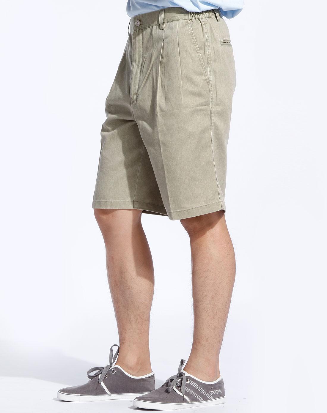 男款灰绿色高尔夫功能短裤