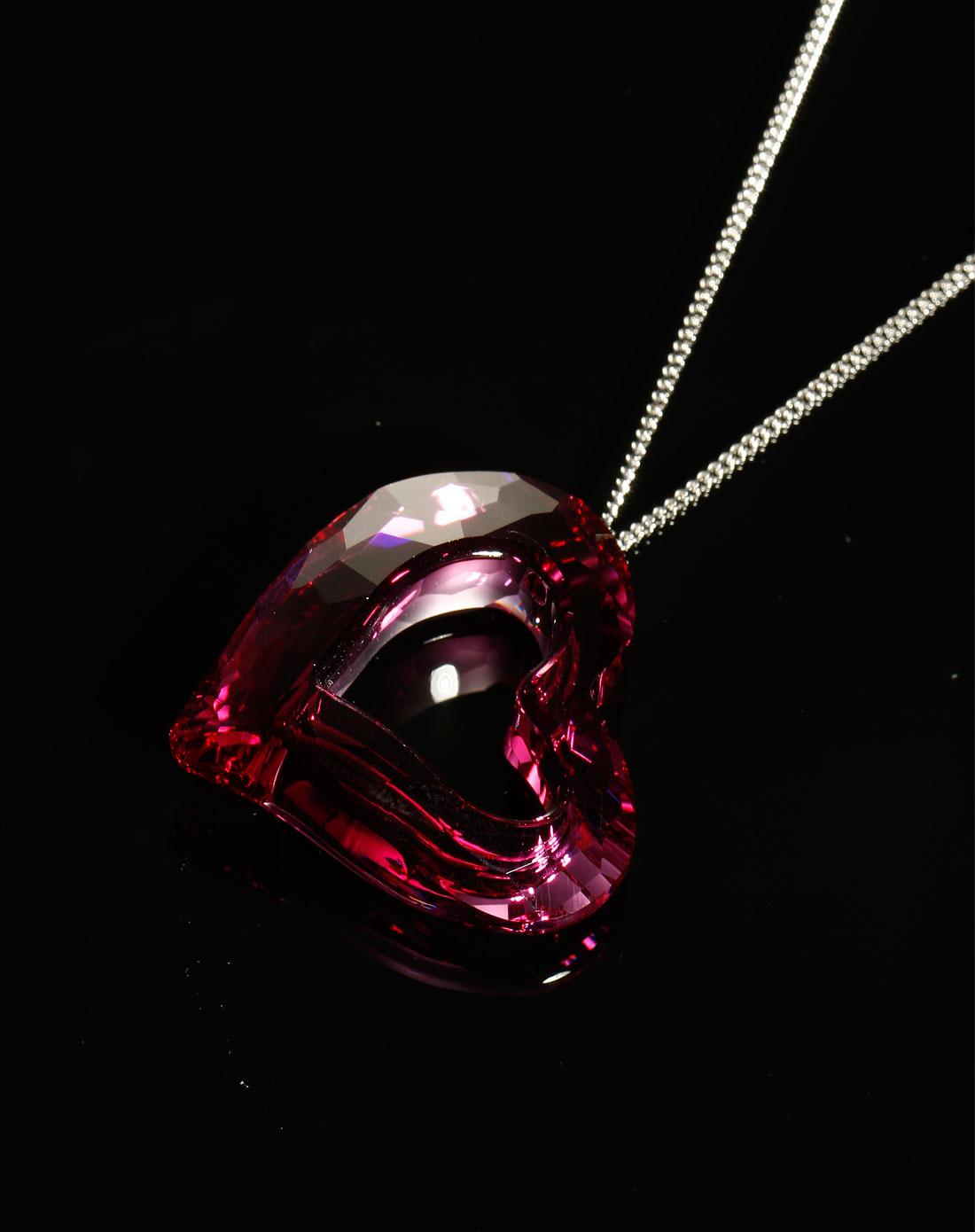 春夏紫红色心形项链